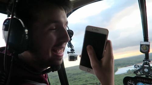 ヘリからiPhone 7を落下