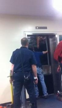 エレベーター落下