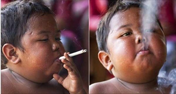 2歳でタバコ