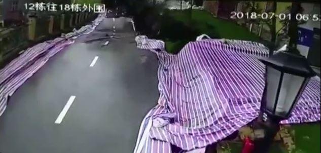 道路が崩壊